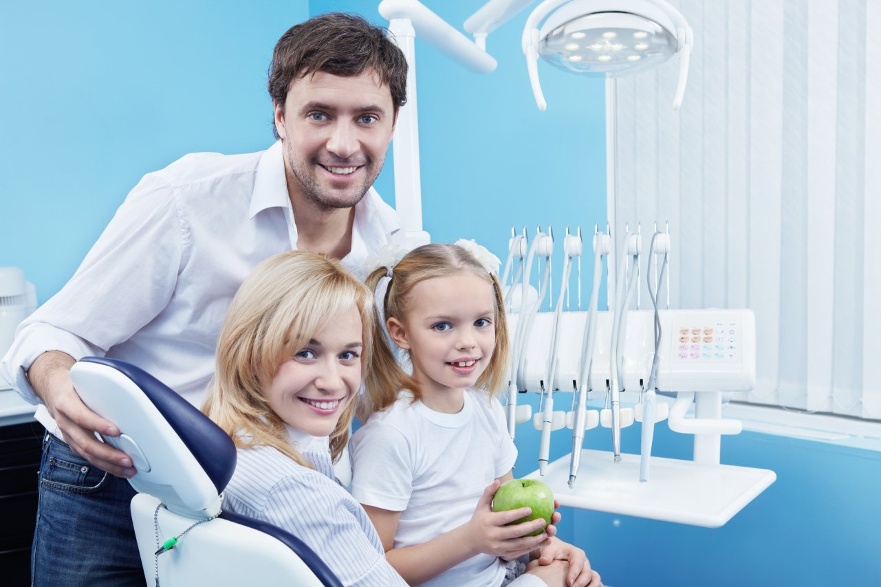 Learning the Signs and Receiving Gingivitis Treatment in Houston